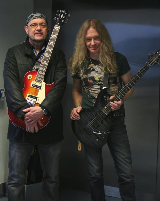 Paul Quinn & Doug Scarratt – VGS Guitars